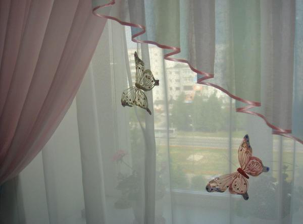 Сделать красивые бабочки для украшения штор поможет детальный мастер-класс