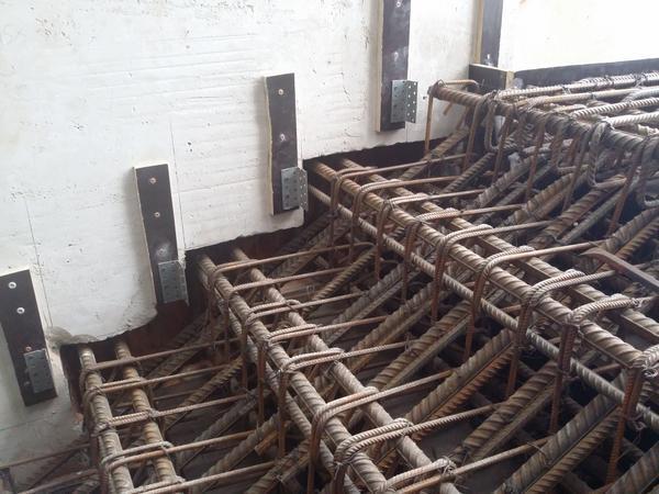 Для того чтобы сделать красивую и качественную металлическую лестницу, лучше обратиться за помощью к специалистам