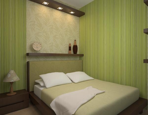 При комбинировании обоев в спальне лучше всего выбирать спокойные не кричащие тона, сочетающиеся между собой