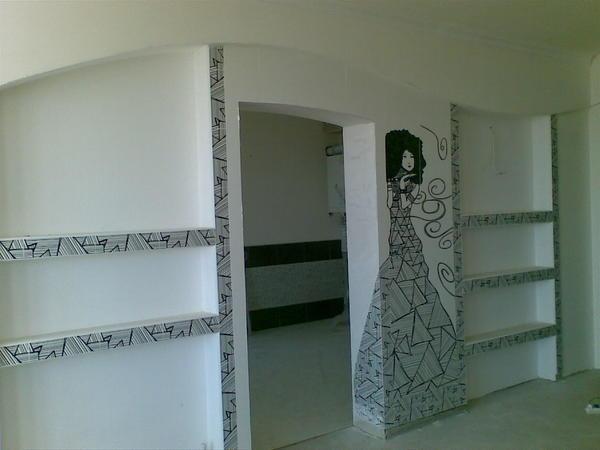Для того чтобы стена получилась крепкой и практичной, следует выбирать гипсокартонные листы высокого качества