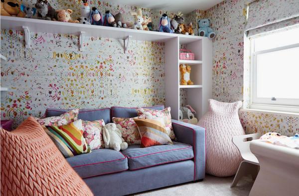 Одними из главных критериев выбора спального дивана является его удобство, а также эстетичность
