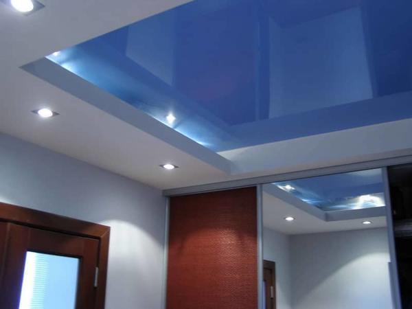 Двухуровневый натяжной потолок — современный и популярный вариант отделки потолочного перекрытия, который придаст вашему помещению новый облик