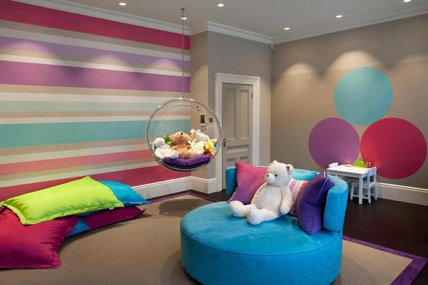 Яркие цвета - это современный тренд, который применяется при оформлении детской комнаты