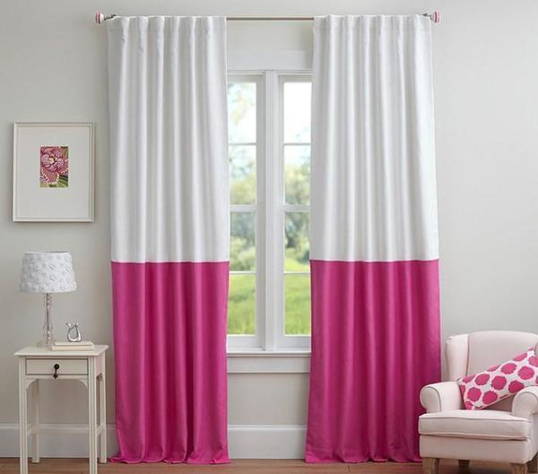 Отлично и красиво будут смотреться шторы, которые удлинены другой ткань снизу