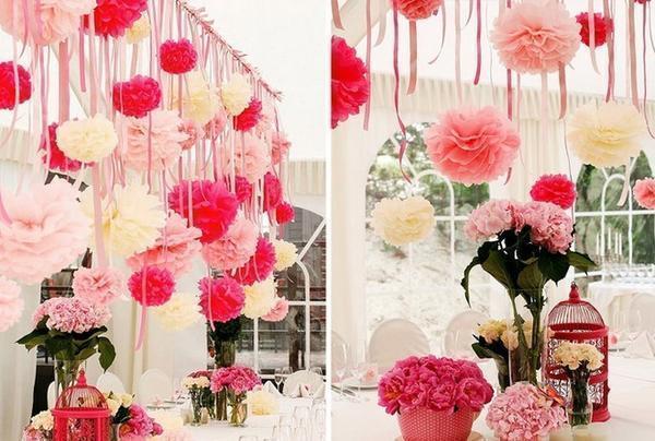 Красиво оформить гостиную яркими цветами будет под силу даже новичку