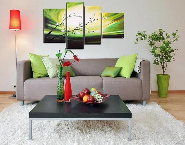 Модульная картина — отличный способ для оригинального и превосходного украшения стены в гостиной