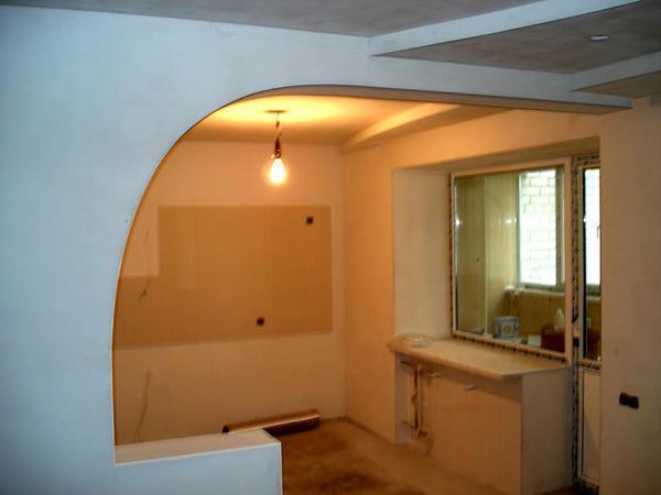 Перед тем как приступать к установке гипсокартонных стен, необходимо заранее продумать, где именно будут размещаться дверные и оконные проемы