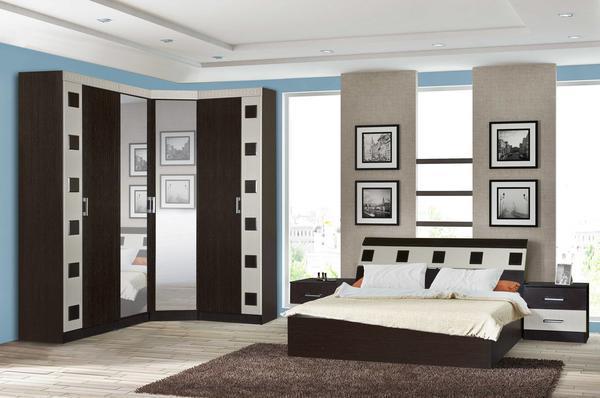 Угловой шкаф позволяет рационально использовать пространство спальни