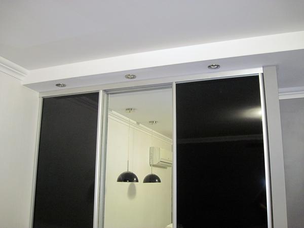 Обязательным этапом установки дверного проема из гипсокартона является планирование конструкции