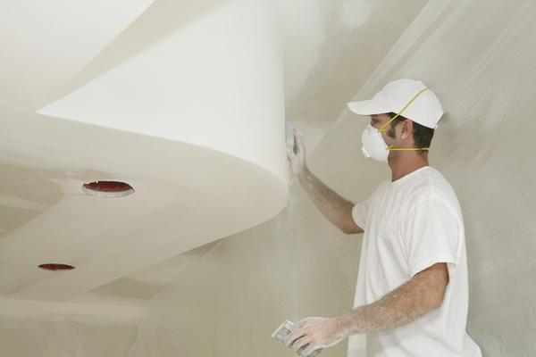 Потолок из гипсокартона нуждается в дополнительной обработке отделочными материалами