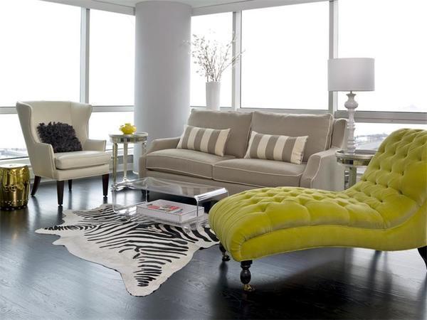 Оригинальная кушетка украсит комнату, дополняя ее дизайн