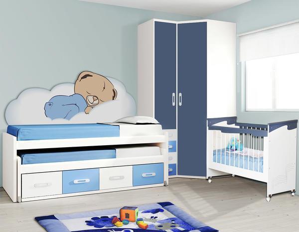 Голубые обои подходят для оформления любых помещений, начиная от гостиных и заканчивая детскими комнатами
