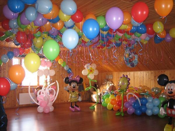 Различные фигуры из шаров помогут вам создать веселую и радостную атмосферу