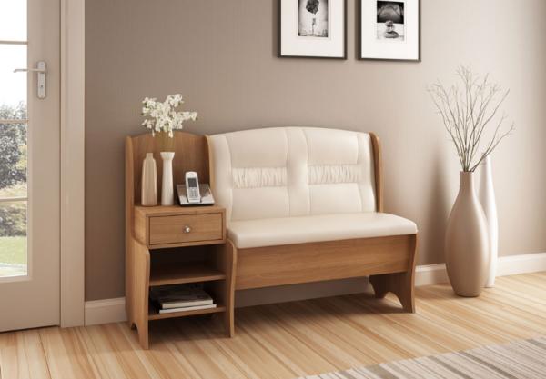 Мягкая кушетка со спинкой - отличный предмет мебели, на который приятно присесть после тяжелого рабочего дня