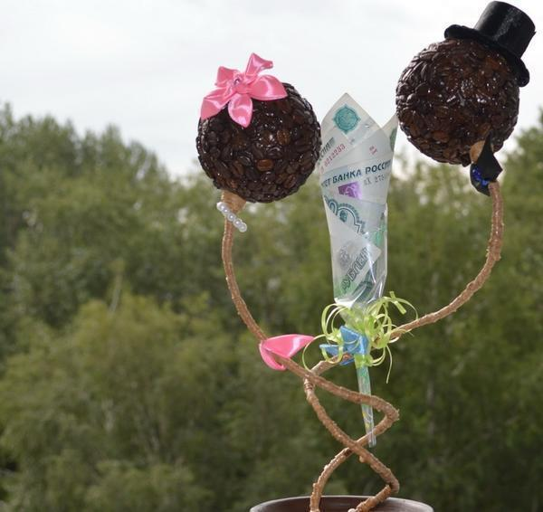 Топиарий с кофе и цветами