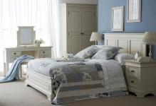 ivory-and-oak-bedroom-furniture-photo13