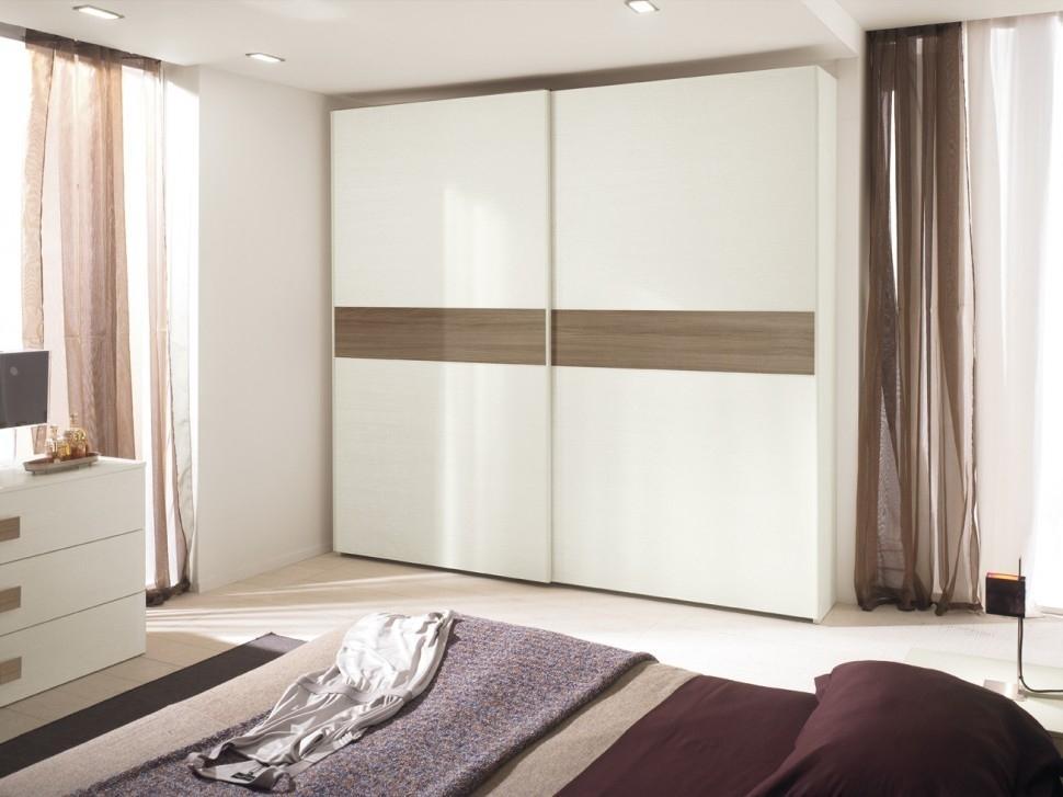 белый шкаф купе в гостиной фото без накида крючком