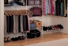 Closet-Maid-Shelving-Hanging