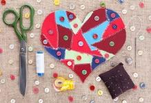 Valenines-Day-Sew-On-Heart-And-Buttons