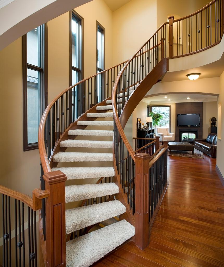 схема лестницы для коттеджей фото модель обеспечивает сбалансированные