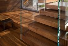 interior-wooden-stairs-with-glazed-fences-near-transparent-glazed-window-amazing-