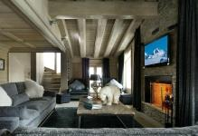 elegant-chalet-black-pearl-courchevel-charming-grey-sofas-fireplace