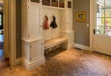Making-the-floor-in-hallway-photo-01