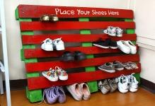 beautiful-pallet-shoe-rack-for-your-house-shoes-8
