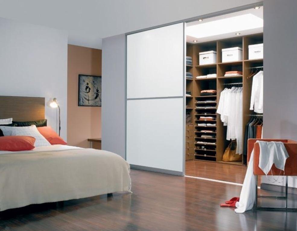 Картинки гардеробная в спальне