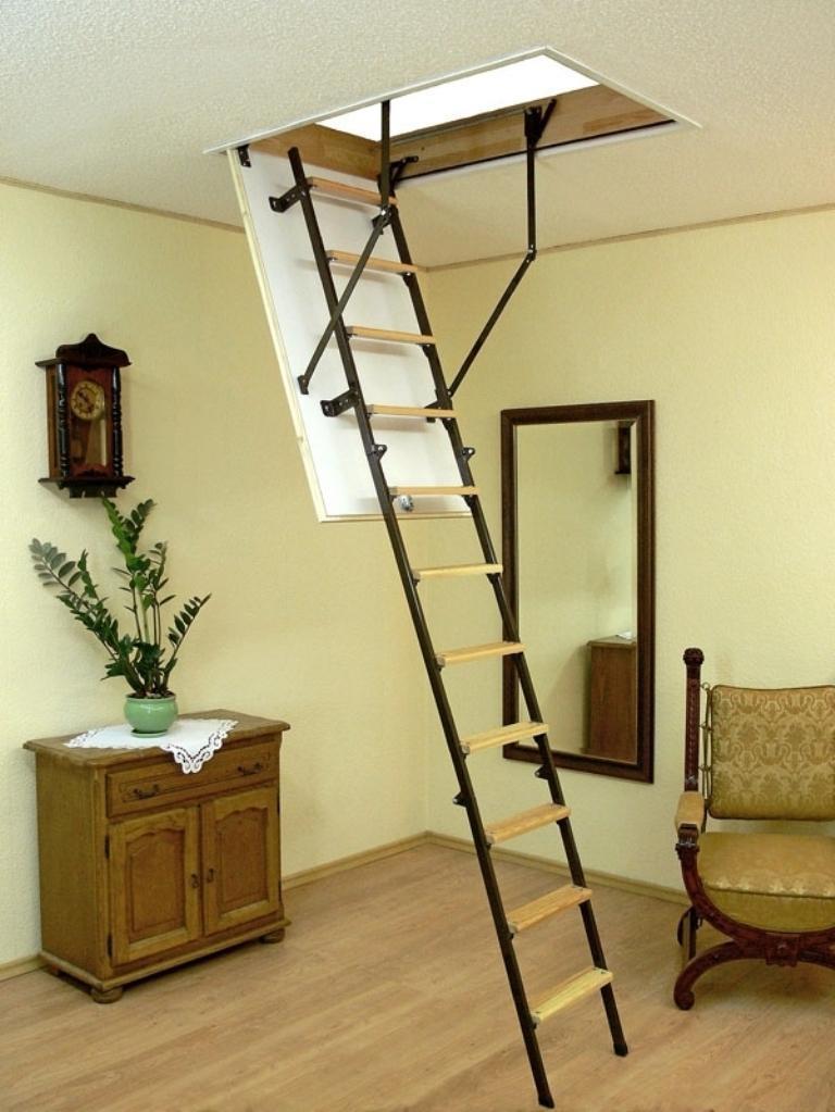 стали картинки лестница на чердак исполнил