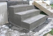 lestnitsa-iz-betona-foto