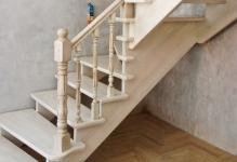 Виды деревянных лестниц в интерьере дома: 3 способа крепления ступеней