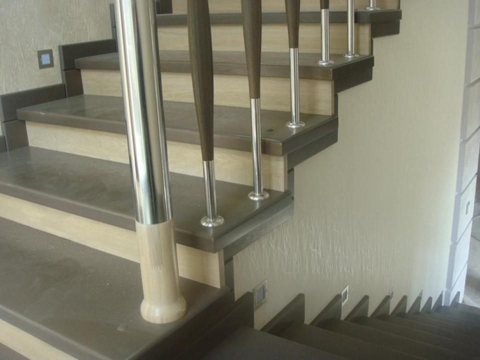 Чем отделать бетонную лестницу в доме фото