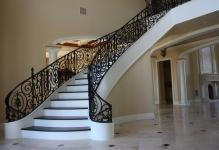 Carmencitta-Decorate-Your-House-Stairs-featured
