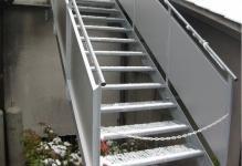 metalstairs0