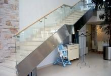 1227788814fence-stairway-from-glass-002