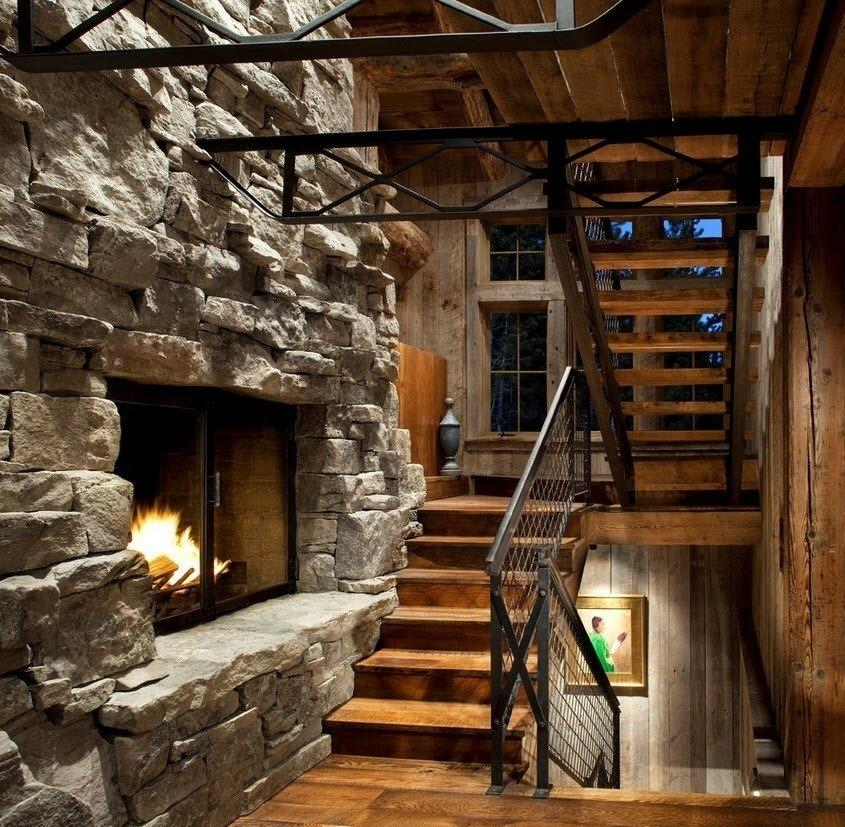 лестница в доме дерево с камнем фото сделать костюм