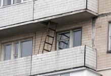 pozharnaya-lestnitsa-na-balkone