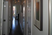 appealing-hallway-lighting-fixtures-and-minimalis-pictures-with-white-curtains