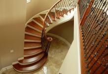 round-model-stairs-design-cherry-wood-handrail