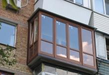 francuzskij-balkon-s-rasshireniem-plity-balkona