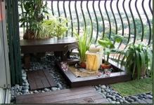 balcony-garden-with-stones-1024x770