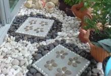 small-balcony-garden-ideas-543dd667422b1