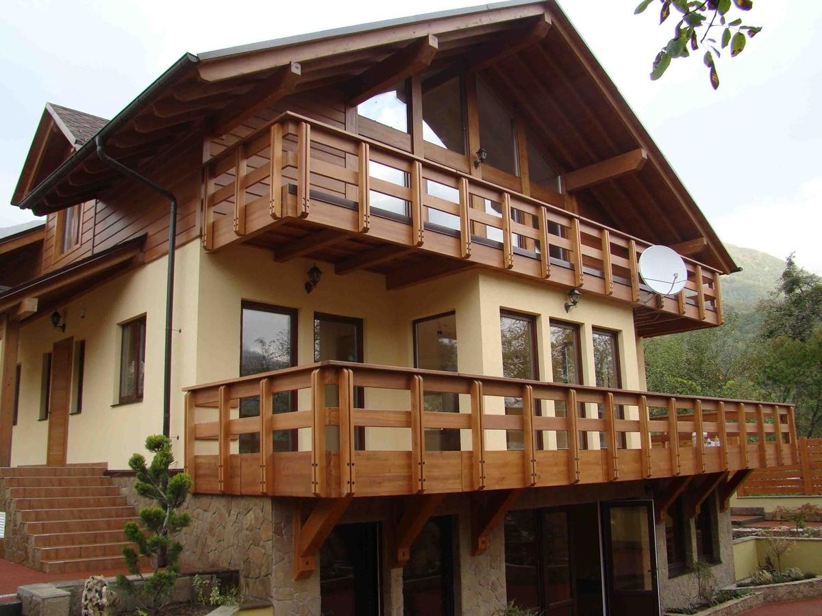 мало деревянные ограждения балконов и террас фото одна интересная функция