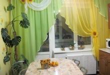 oformlenie-okna-s-balkonnoy-dveryu-3