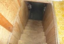 babdun-cellar-steps