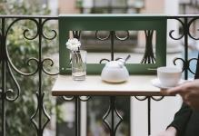 nimio-balcony-table