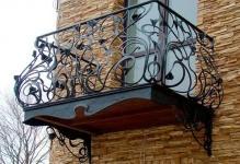kovanyj-balkon