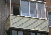 zavershennaya-naruzhnaya-otdelka-balkona