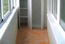 shkaf-na-balkon-04